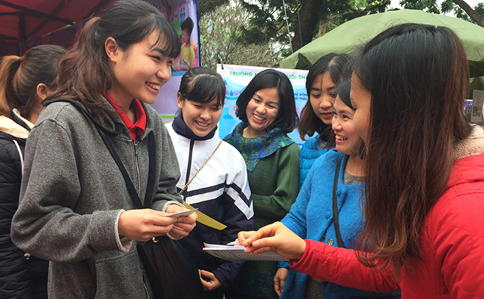 đại học thủ đô hà nội nối cầu giúp sinh viên tìm việc làm
