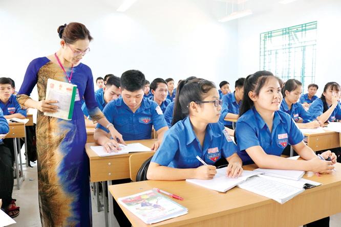 sử dụng kết quả đánh giá, phân loại trong năm để sắp xếp luân chuyển giáo viên