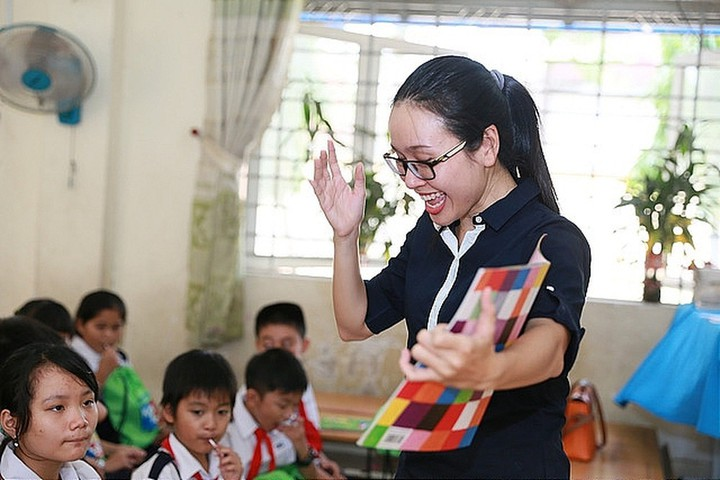 nhất trí nâng chuẩn trình độ giáo viên