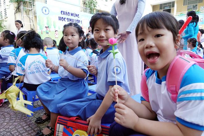 mong học sinh có hiều niềm vui khi đến lớp